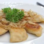 restauracja-pierogi-ruskie-z-cebulka